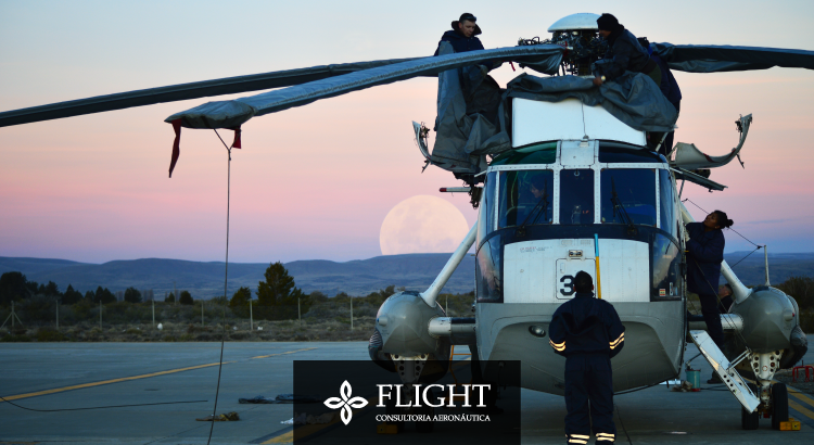 Para poder trabalhar com a manutenção de aeronaves, o profissional precisa ser especializado.